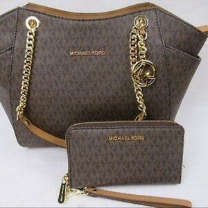 Michael Kors JetSet Bag with wallet W/RECEIPT